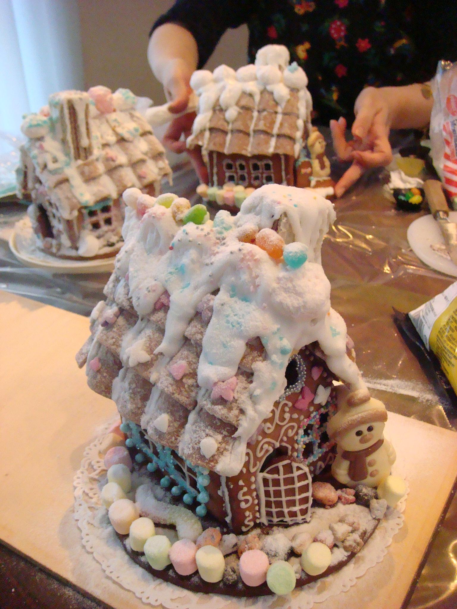 お菓子の家作りは夢の時間です